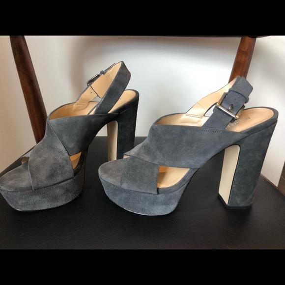 c242748eeb4 Michael Kors Becky Platform Heels. M 5ab2f47c3800c57fb4695f58